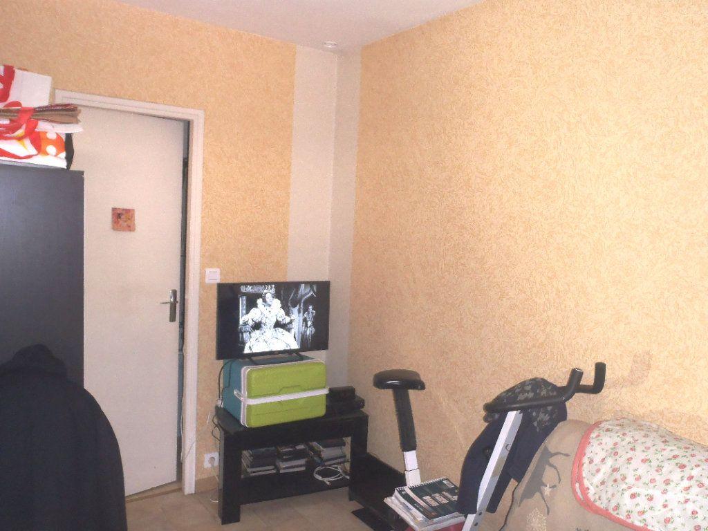 Appartement à vendre 1 18m2 à Albi vignette-1