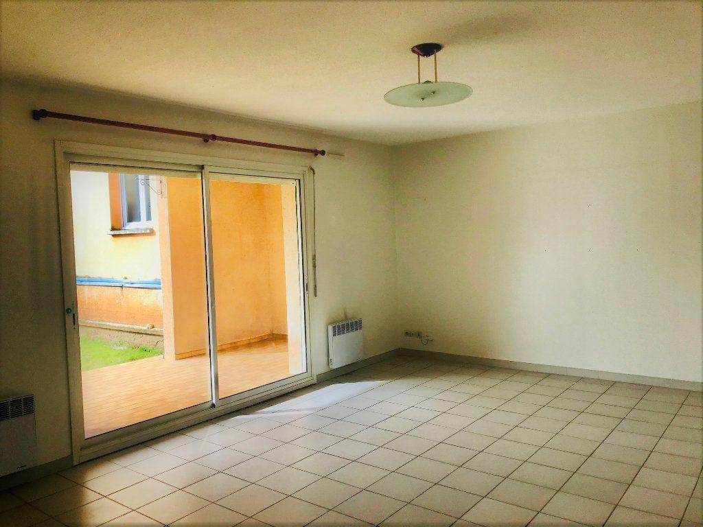 Appartement à louer 3 69m2 à Albi vignette-4