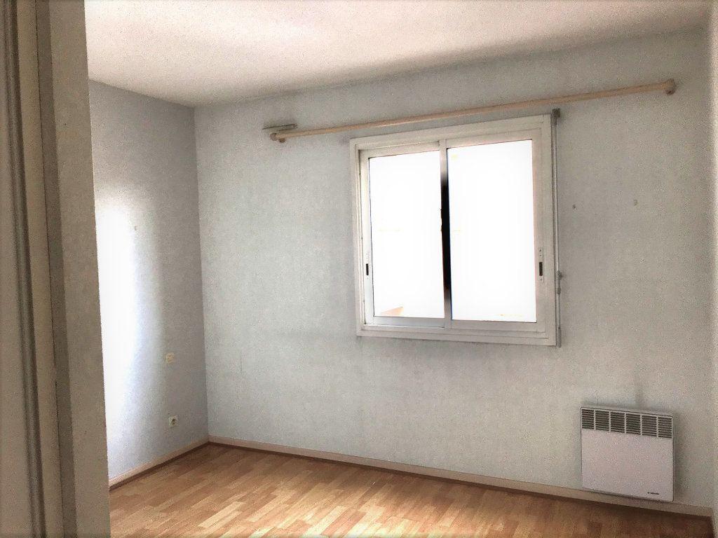 Appartement à louer 3 69m2 à Albi vignette-6