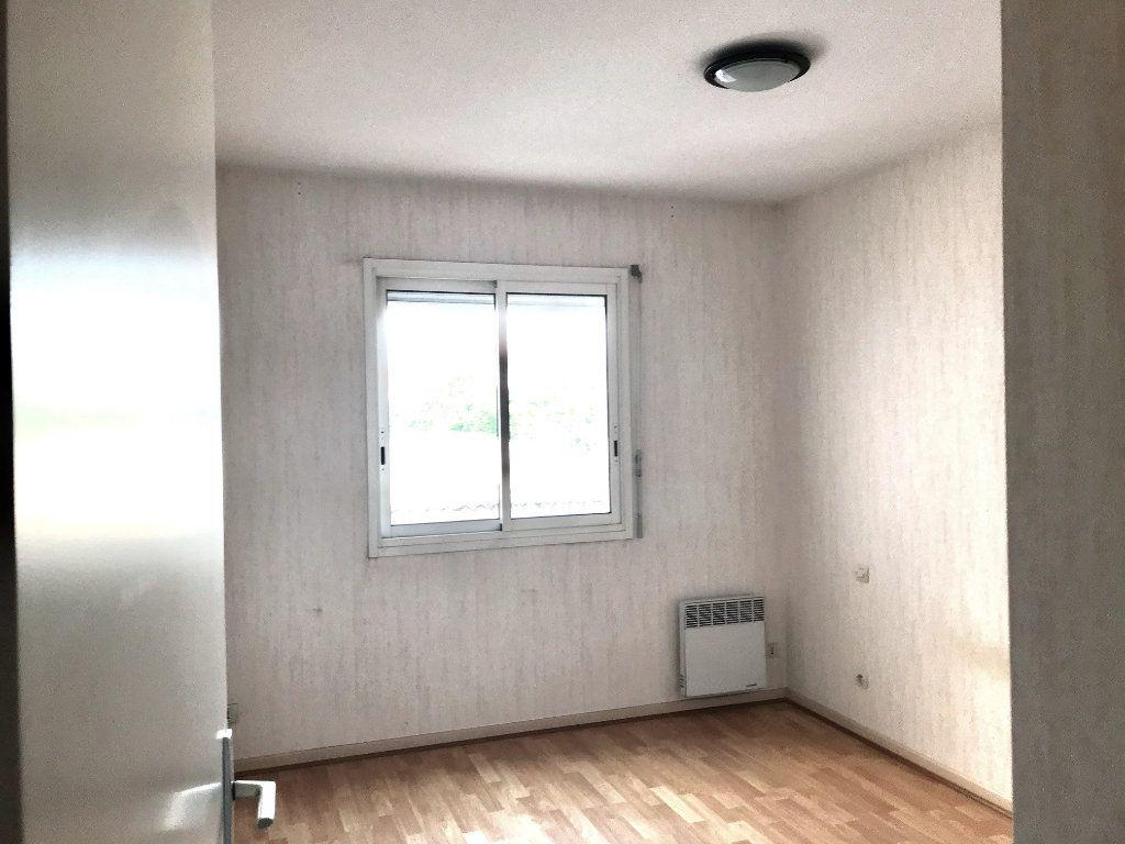 Appartement à louer 3 69m2 à Albi vignette-7