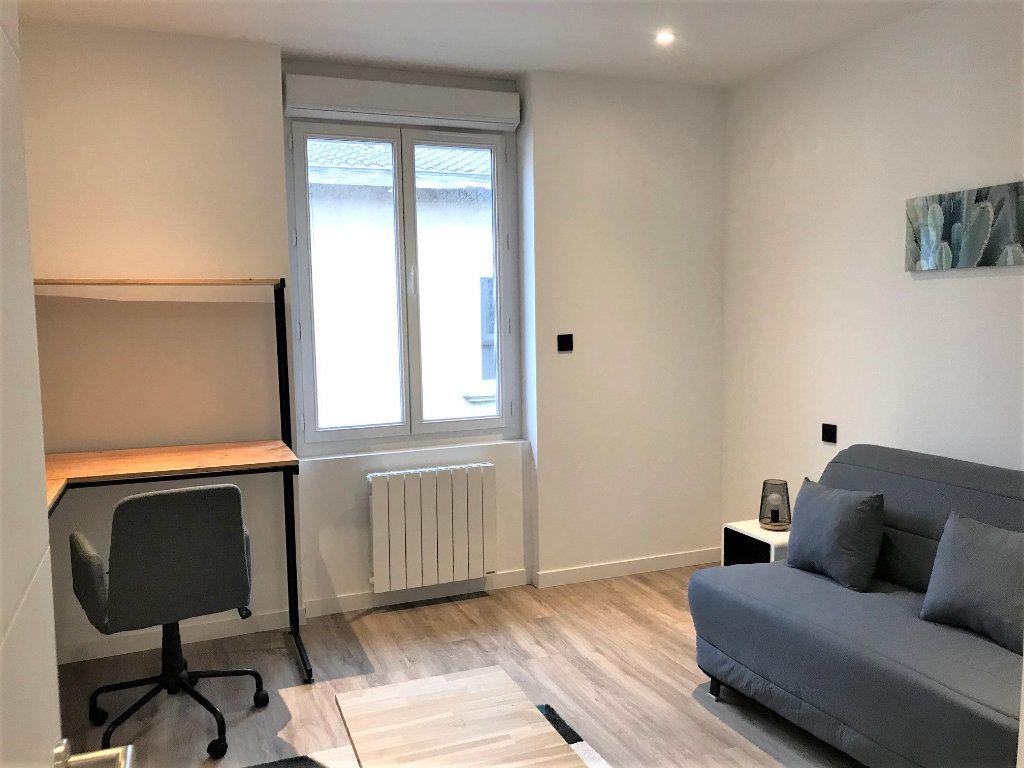 Appartement à louer 2 56m2 à Albi vignette-2