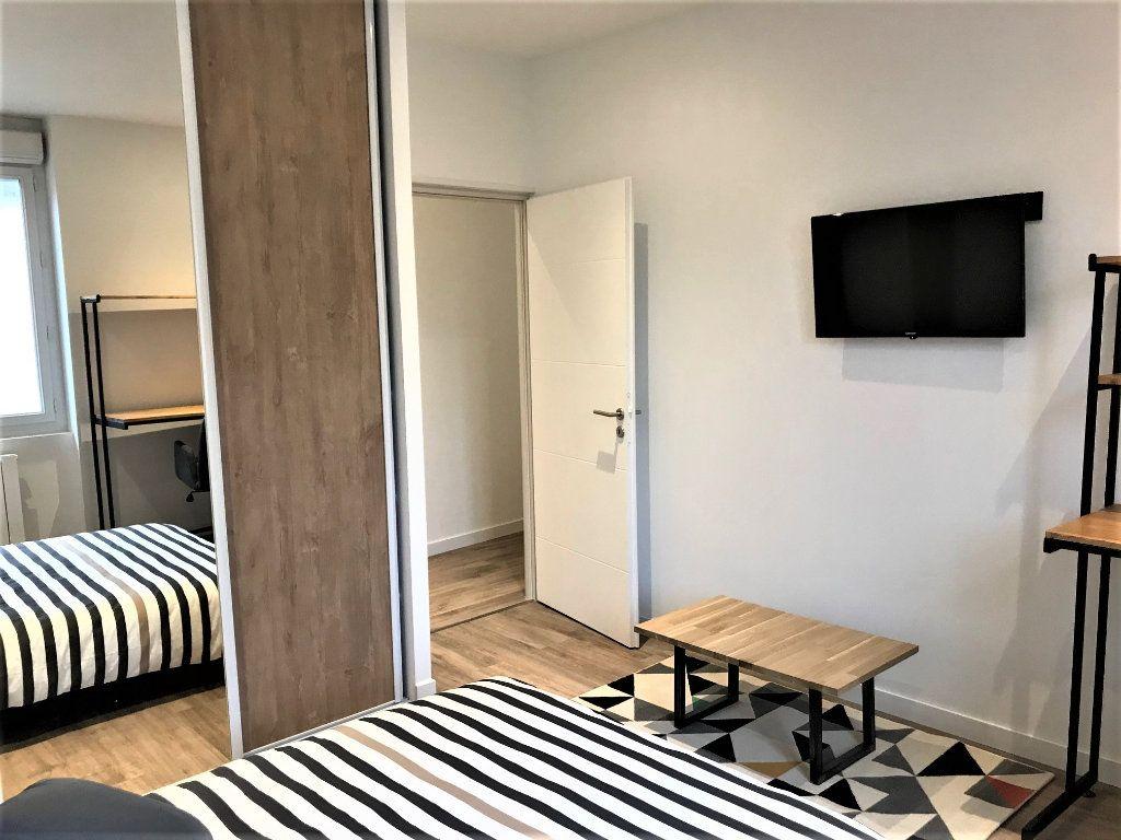Appartement à louer 2 56m2 à Albi vignette-4