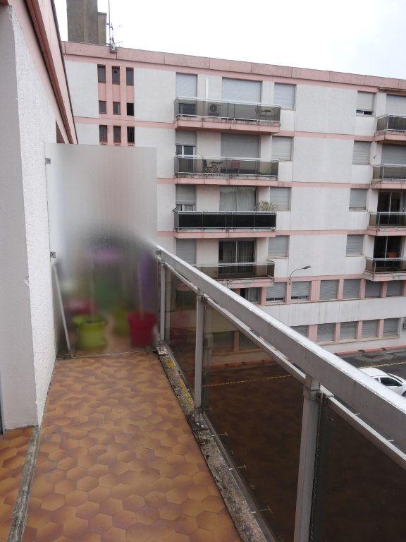 Appartement à louer 2 54m2 à Albi vignette-5