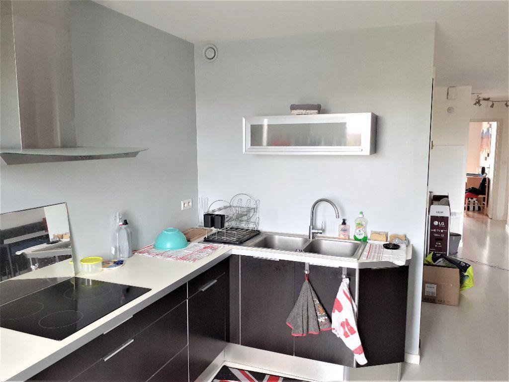 Appartement à louer 3 73m2 à Albi vignette-3