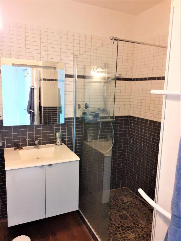 Appartement à louer 3 73m2 à Albi vignette-6