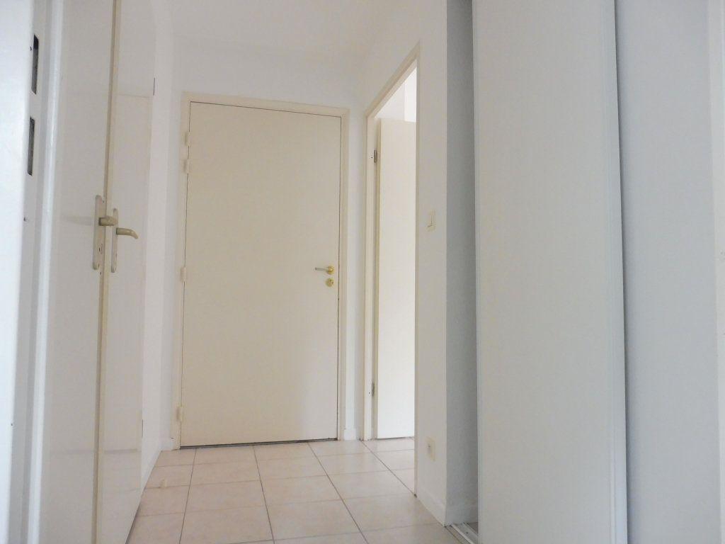 Appartement à vendre 2 46m2 à Albi vignette-4