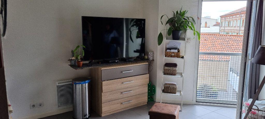 Appartement à louer 2 37m2 à Albi vignette-1