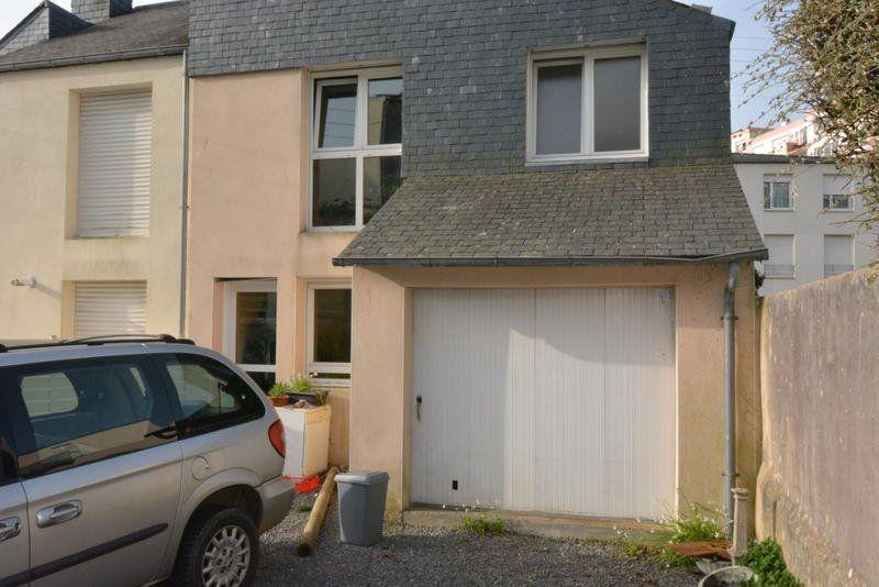 Maison à vendre 5 105m2 à Brest vignette-1