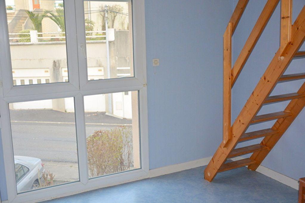 Maison à vendre 5 105m2 à Brest vignette-3