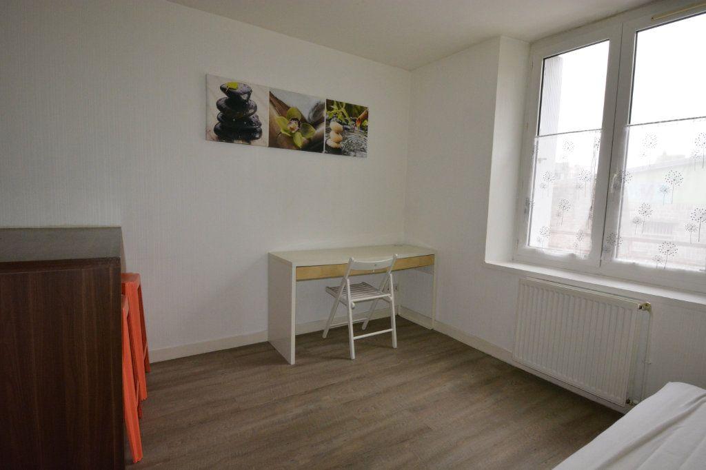 Appartement à louer 1 21.72m2 à Brest vignette-3