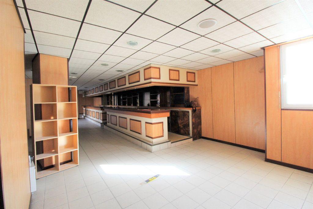 Appartement à vendre 4 213m2 à Brest vignette-5