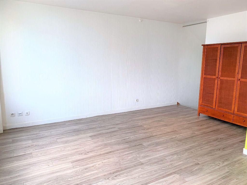 Appartement à louer 2 25m2 à Brest vignette-3