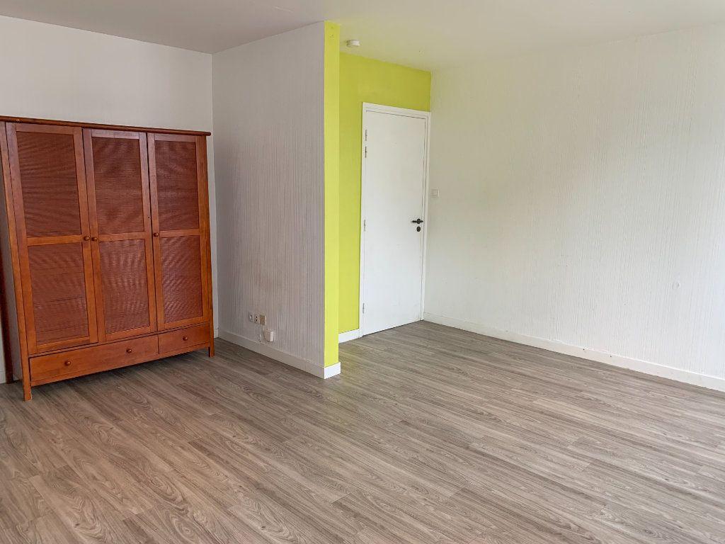 Appartement à louer 2 25m2 à Brest vignette-4
