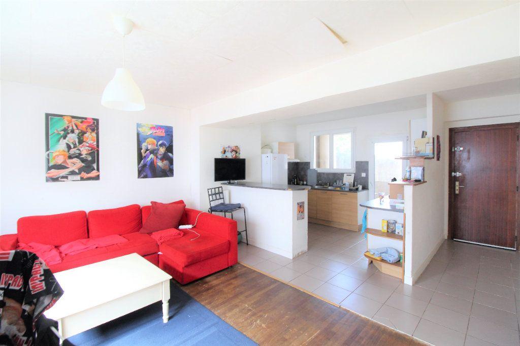 Appartement à vendre 4 73m2 à Brest vignette-1