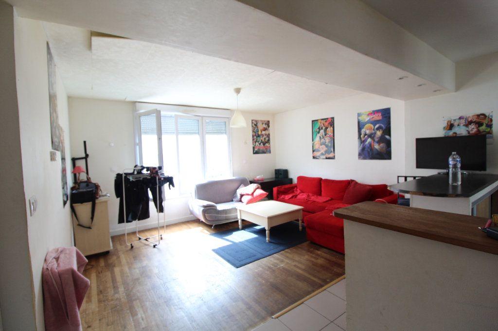 Appartement à vendre 4 73m2 à Brest vignette-2