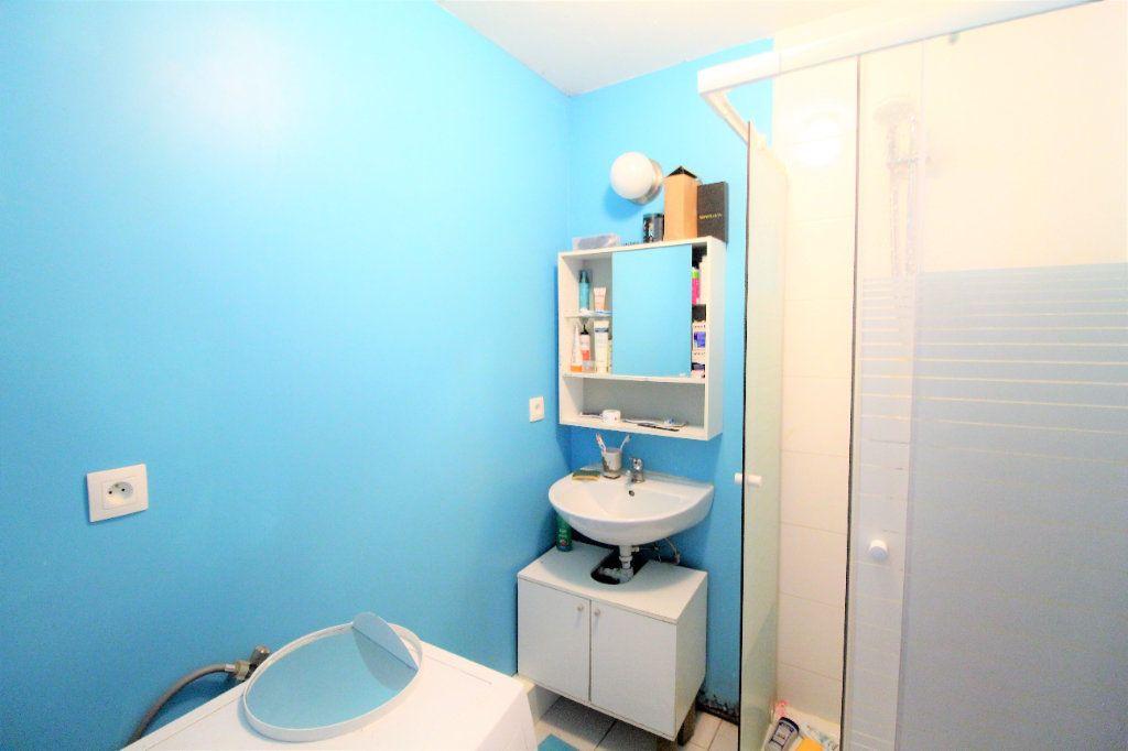 Appartement à vendre 4 73m2 à Brest vignette-5