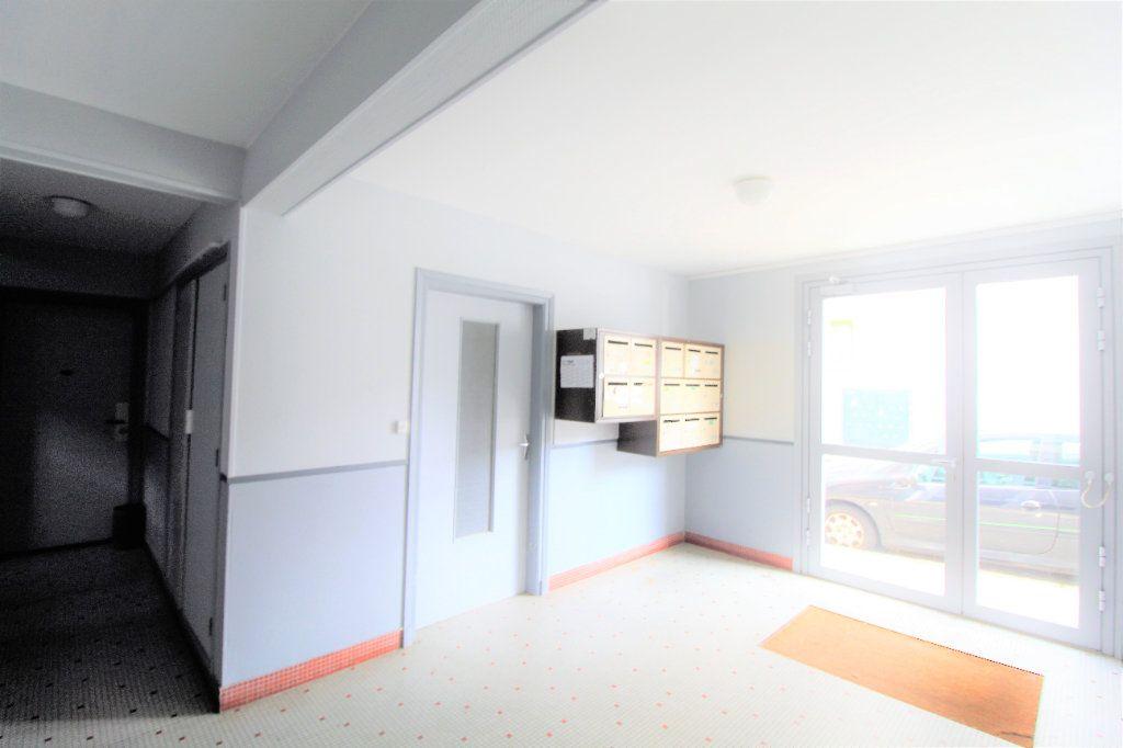 Appartement à vendre 4 73m2 à Brest vignette-9