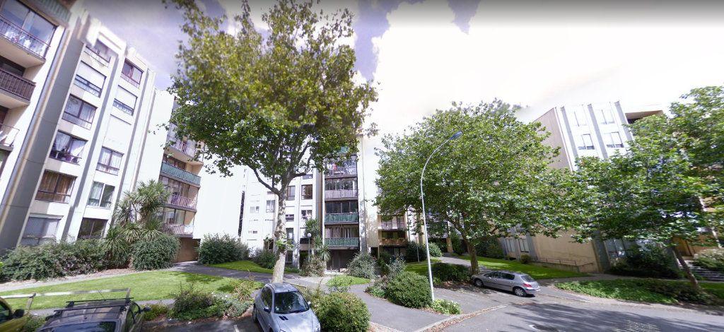 Appartement à vendre 3 63m2 à Brest vignette-1