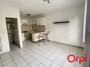 Appartement à louer 1 20.9m2 à La Fare-les-Oliviers vignette-2