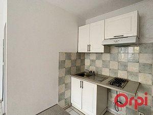 Appartement à louer 1 20.9m2 à La Fare-les-Oliviers vignette-5
