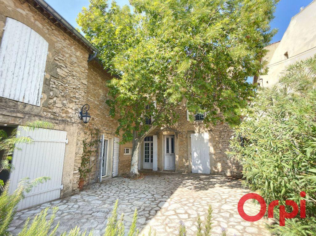 Maison à louer 5 172m2 à Lançon-Provence vignette-1