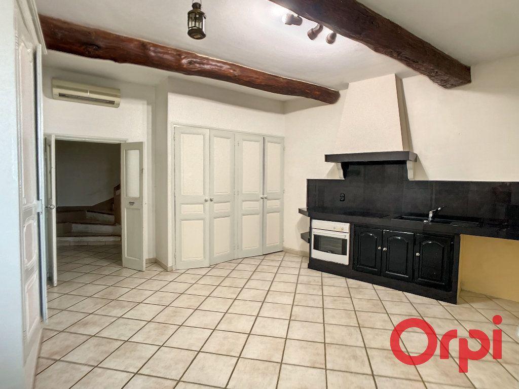 Maison à louer 5 172m2 à Lançon-Provence vignette-4