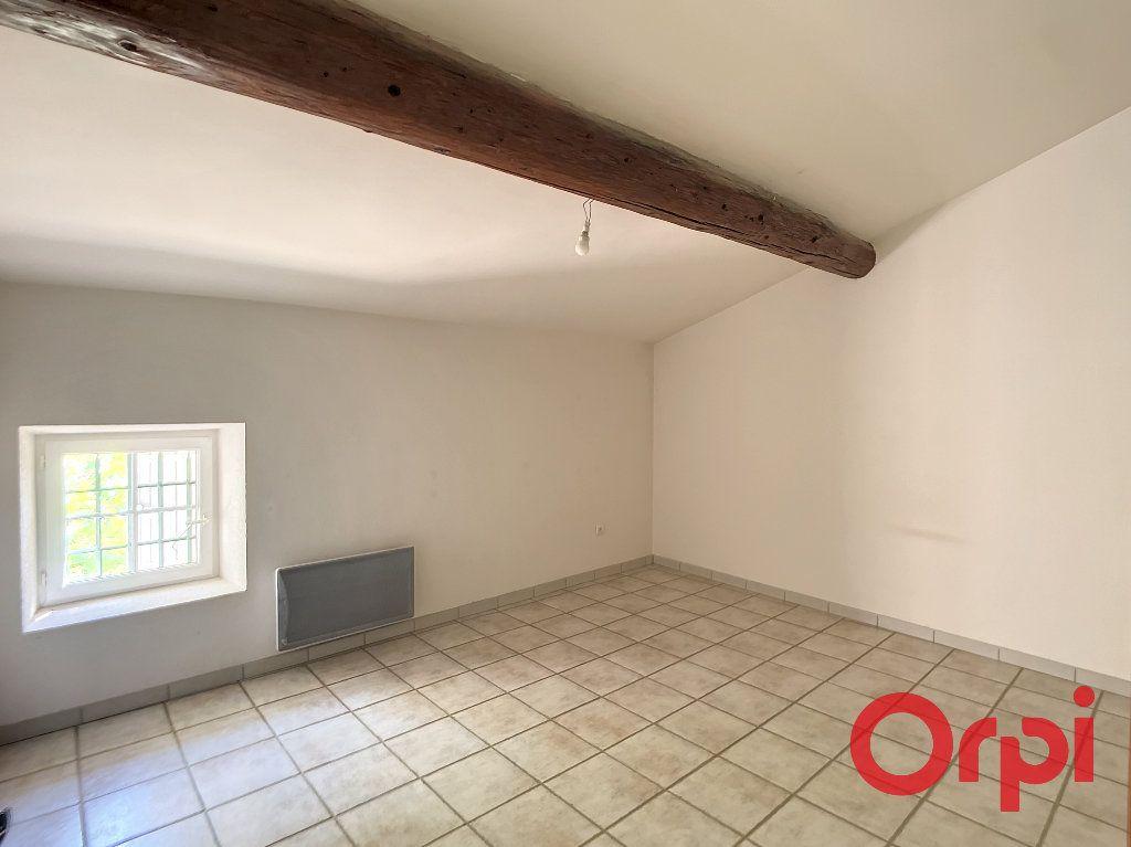 Maison à louer 5 172m2 à Lançon-Provence vignette-9