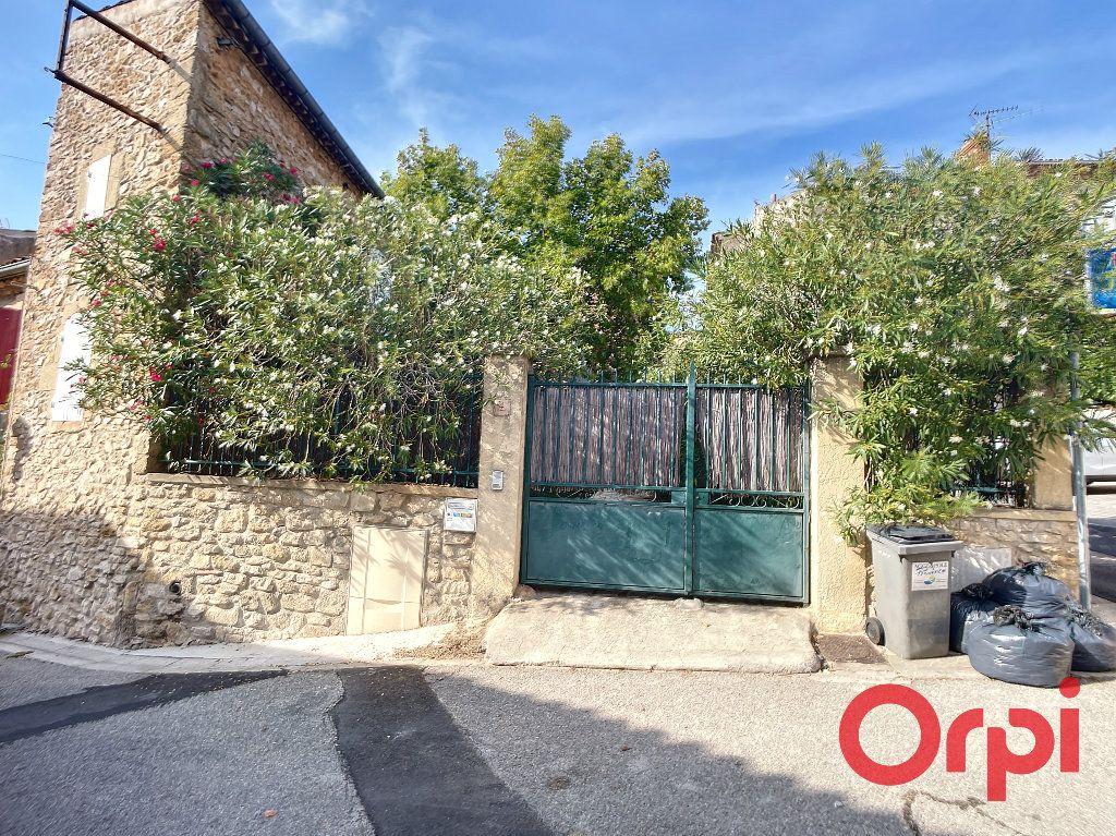Maison à louer 5 172m2 à Lançon-Provence vignette-12