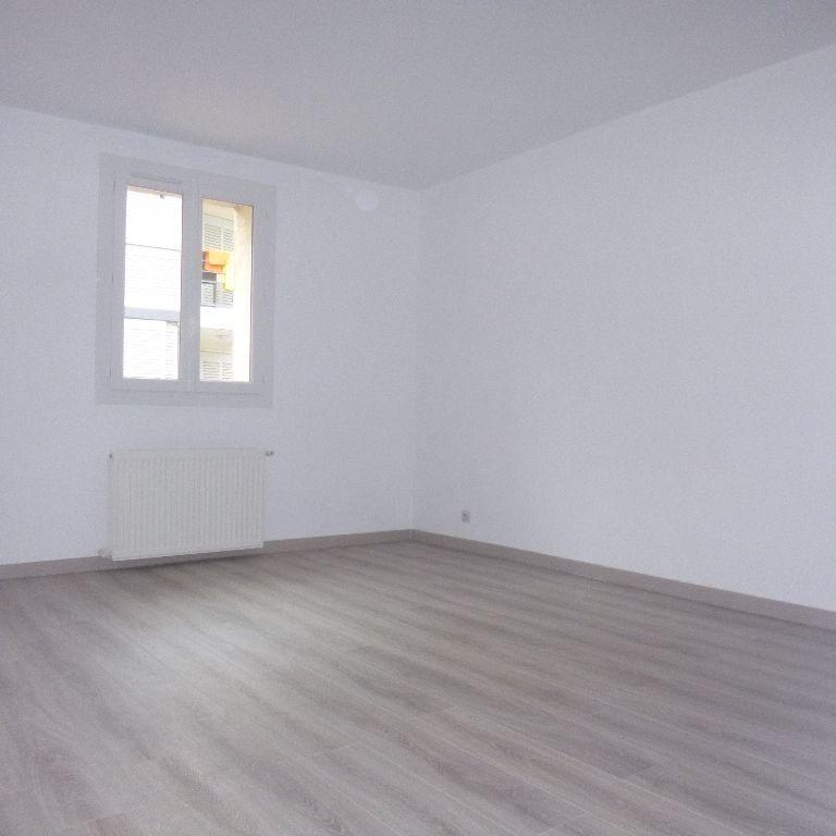 Appartement à louer 3 80m2 à Salon-de-Provence vignette-7