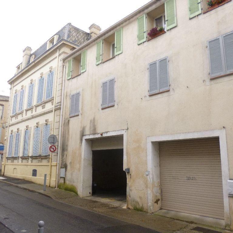 Appartement à louer 3 80m2 à Salon-de-Provence vignette-10