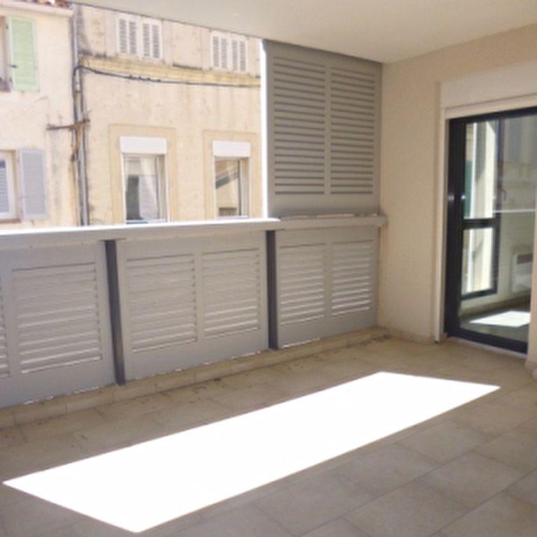 Appartement à louer 4 110.56m2 à Salon-de-Provence vignette-6
