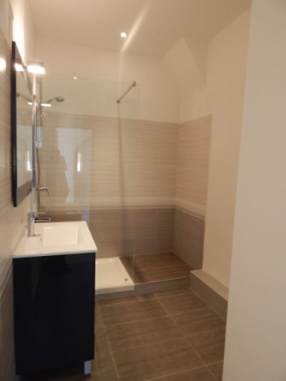 Appartement à louer 4 82.58m2 à La Fare-les-Oliviers vignette-7