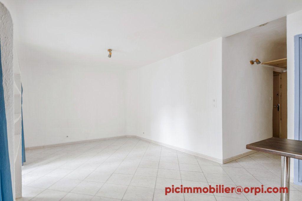 Appartement à vendre 1 24.43m2 à Grans vignette-3