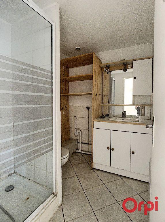 Appartement à vendre 1 16m2 à Grans vignette-5
