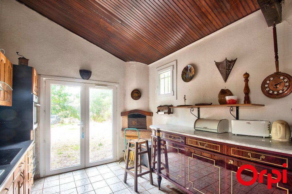 Maison à vendre 4 114m2 à Pélissanne vignette-2