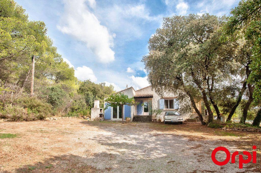 Maison à vendre 4 114m2 à Pélissanne vignette-14