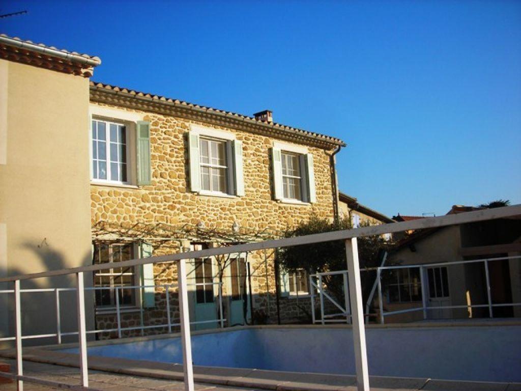 Maison à louer 4 80m2 à Salon-de-Provence vignette-1