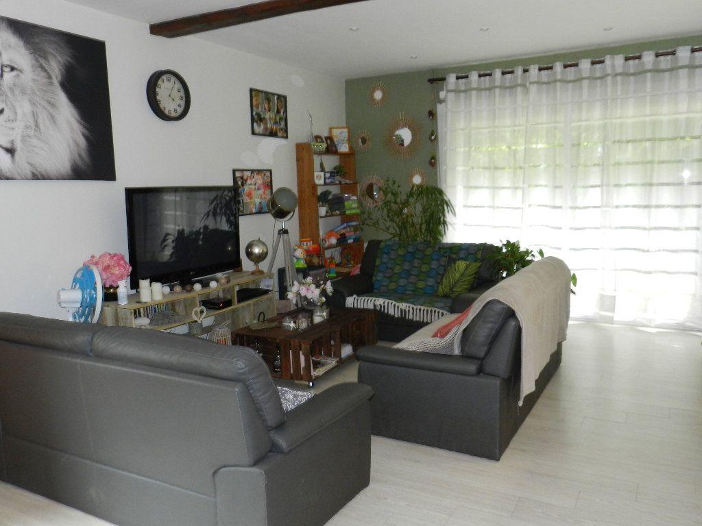 Maison à vendre 6 191m2 à Rognes vignette-5