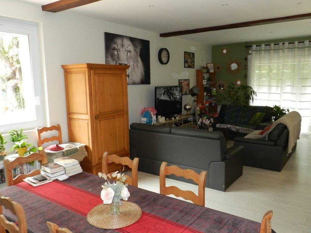 Maison à vendre 6 191m2 à Rognes vignette-6