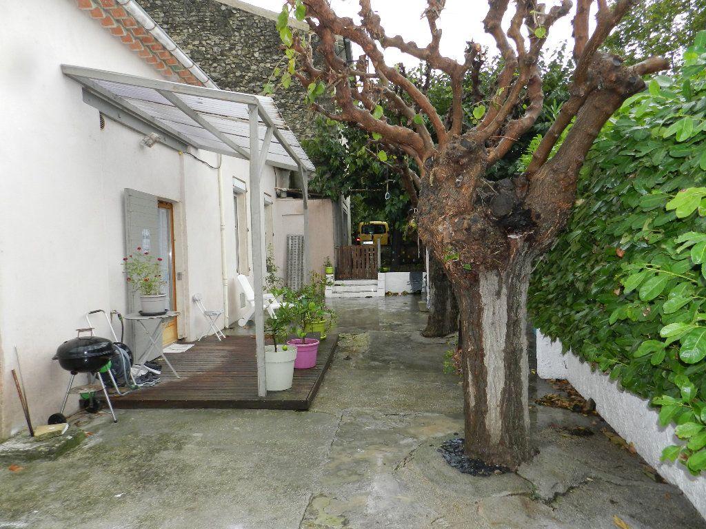 Maison à vendre 6 191m2 à Rognes vignette-10