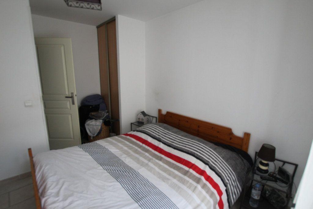 Appartement à vendre 3 90m2 à Lambesc vignette-4