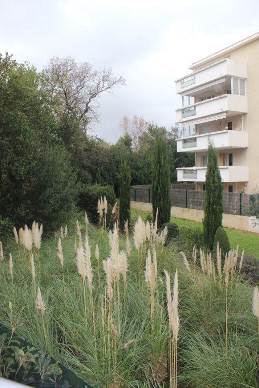 Appartement à vendre 4 78m2 à Marseille 15 vignette-2