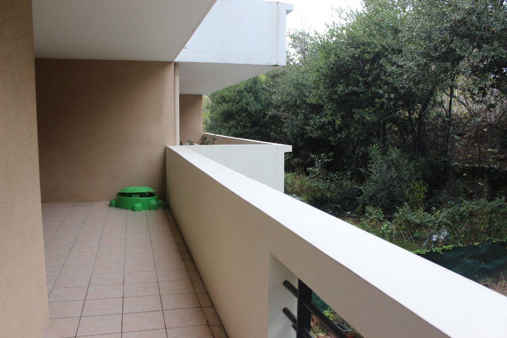 Appartement à vendre 4 78m2 à Marseille 15 vignette-4