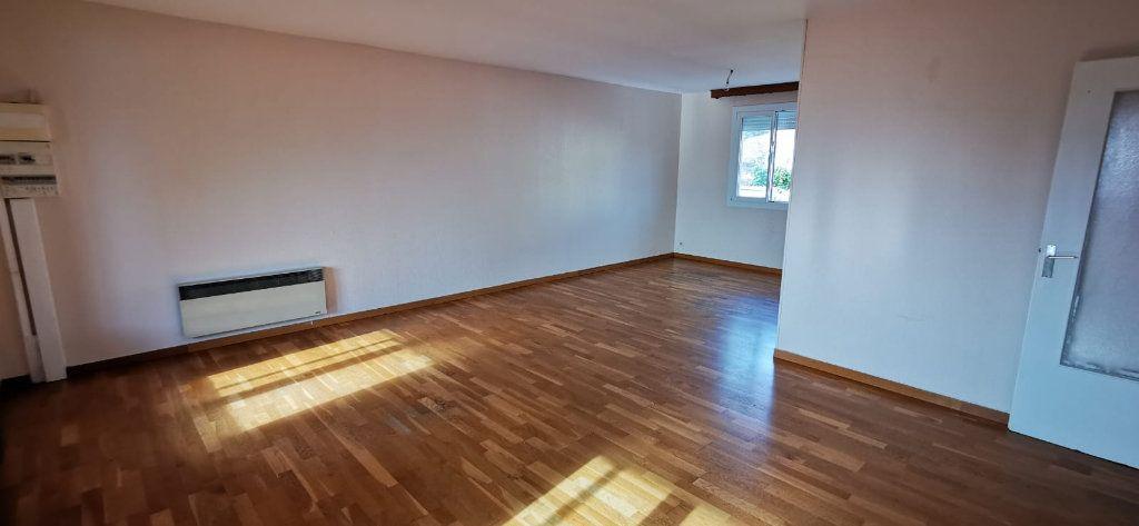 Maison à vendre 8 187m2 à Salon-de-Provence vignette-4