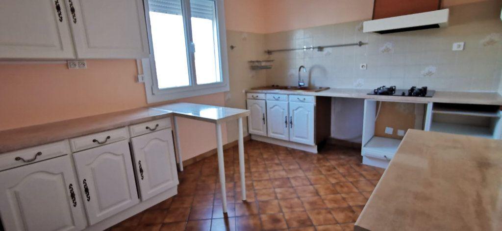 Maison à vendre 8 187m2 à Salon-de-Provence vignette-7