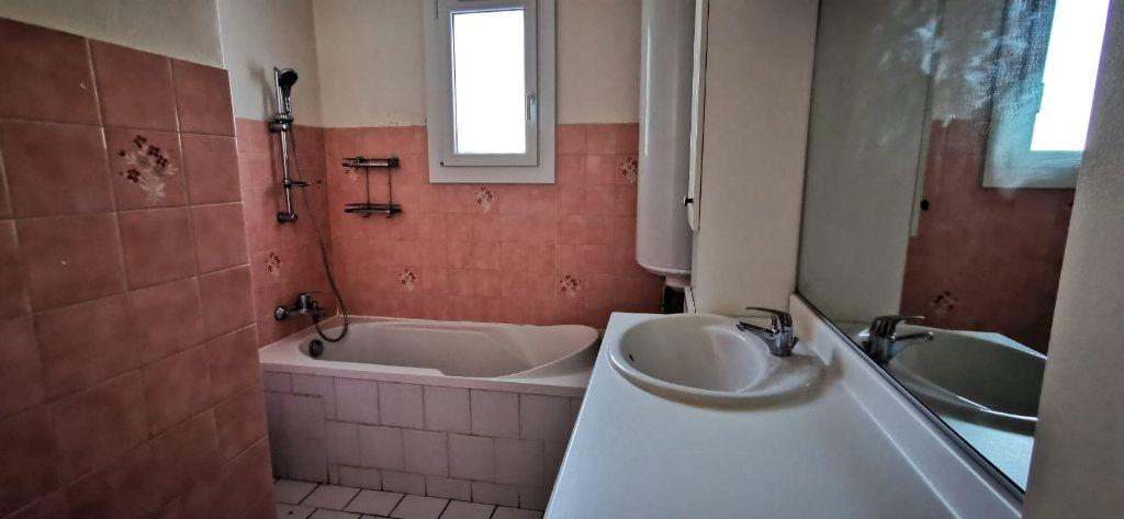 Maison à vendre 8 187m2 à Salon-de-Provence vignette-8