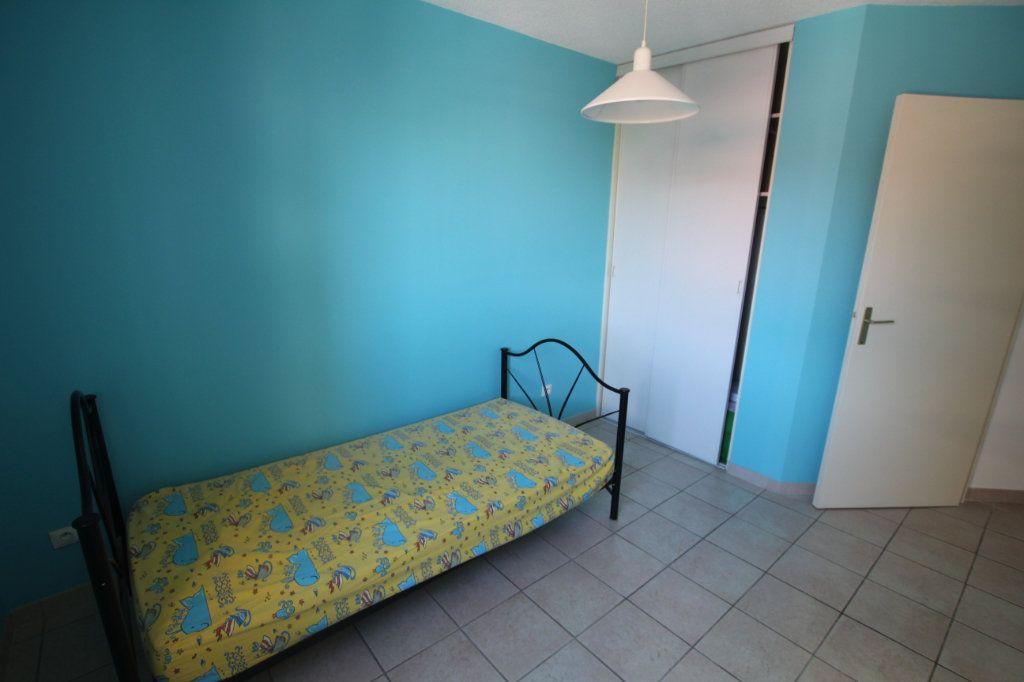 Appartement à louer 4 80m2 à Marseille 4 vignette-4