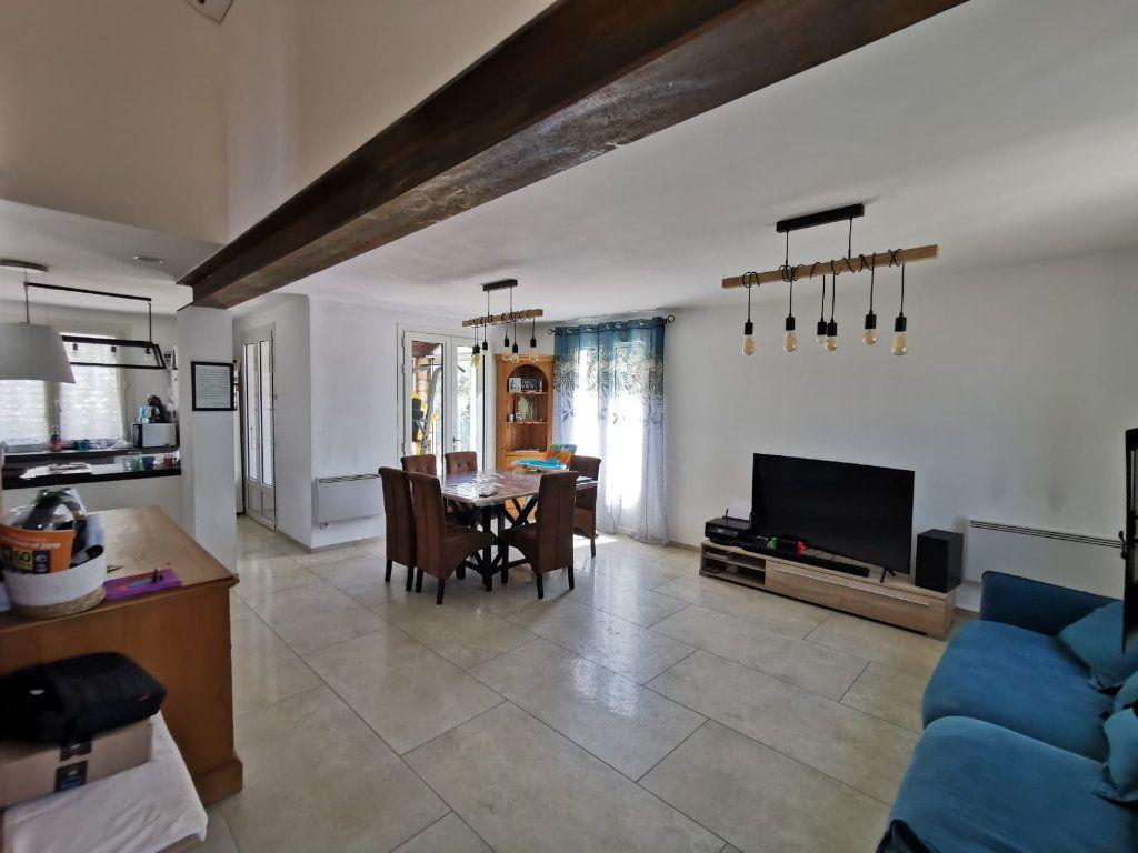 Maison à vendre 5 130m2 à Saint-Victoret vignette-5