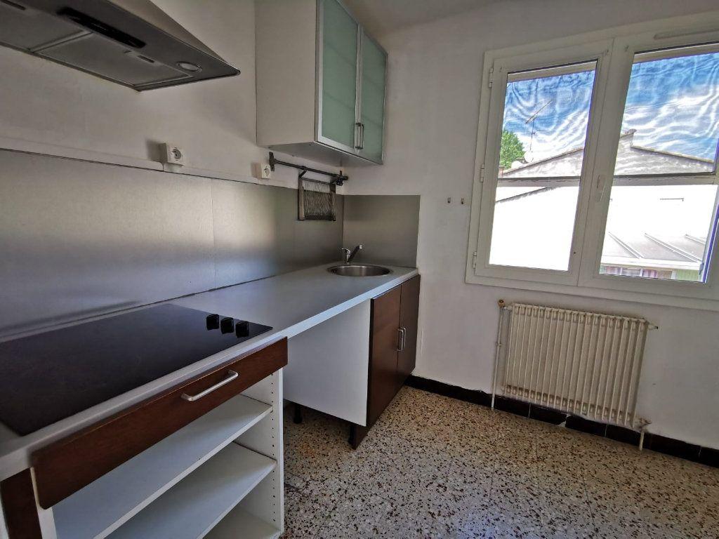 Maison à vendre 3 60m2 à Lambesc vignette-3