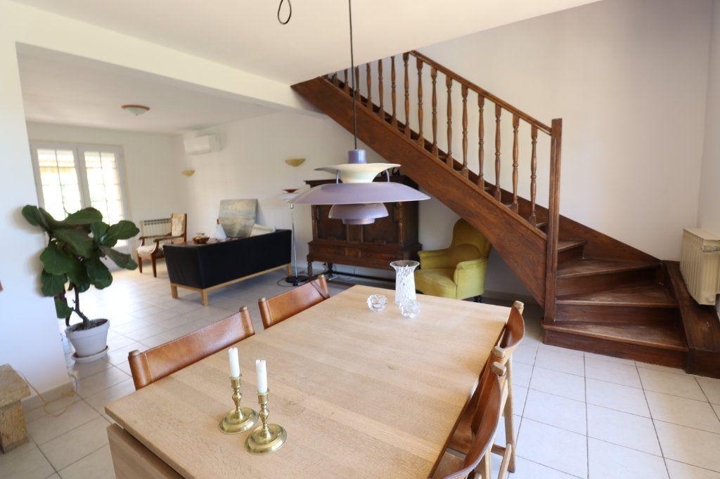 Maison à vendre 7 173m2 à Lambesc vignette-4